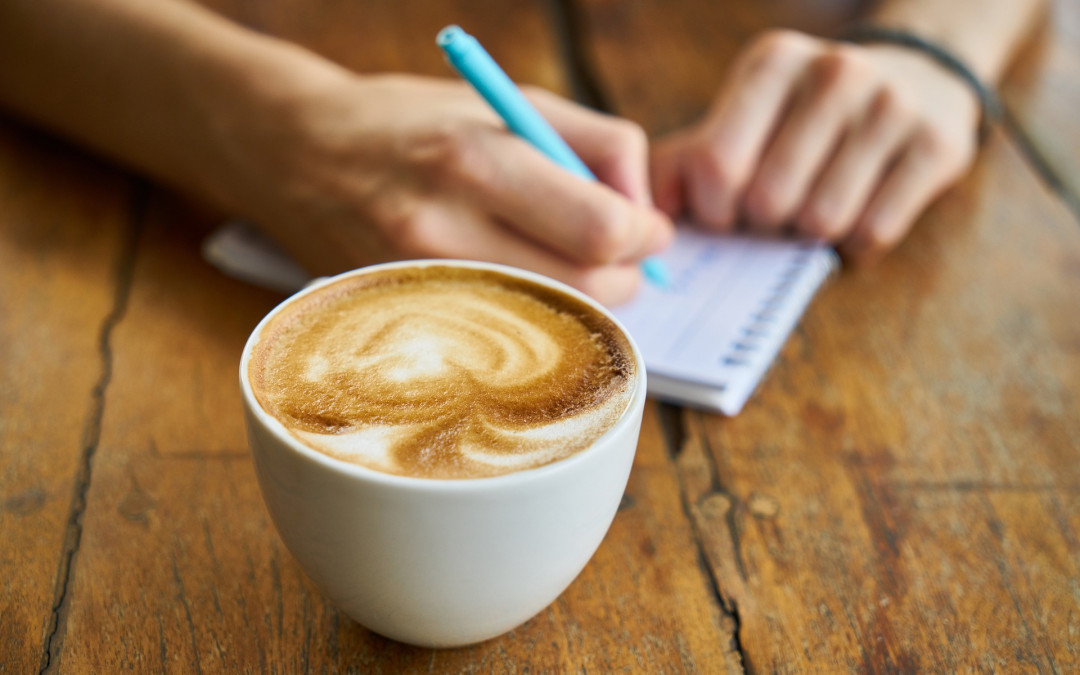 Gute Vorsätze Schreibtisch Kaffee